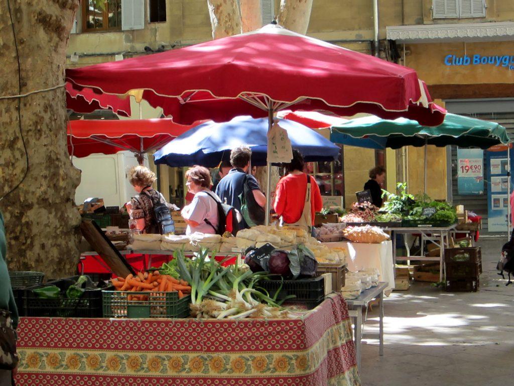 2013-Jun 24-Fam Cruz-Aix-Market 19