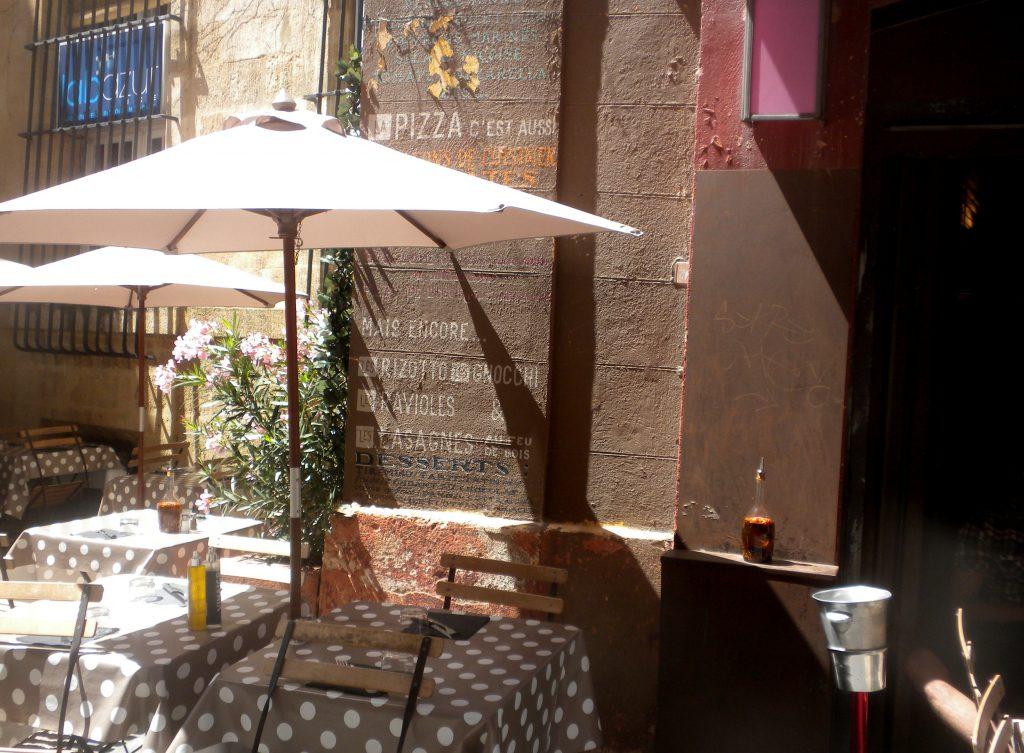 2013-Jun 24-Fam Cruz-Aix-Street Scene 08